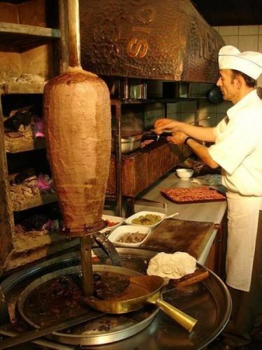 370516-iskander-kebab-the-traditional-way-1