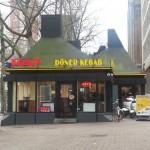 Le Tour Feminin à Rotterdam, kebab van HAS